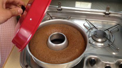 Cake bakken met de Omnia oven